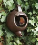 teapot nest, garden art, decorations for the garden, how to make a nest for birds, how to recycle an old teapot